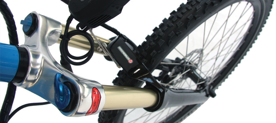 Forza – Magnesium alloy suspension front fork